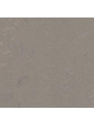 Marmoleum Click Liquid Clay plank